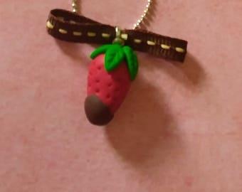Necklace Strawberry choco