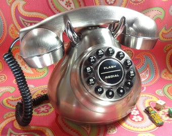 Retro Telephone Fifties Monster Phone
