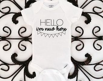 Hello I'm new here, baby onesie, newborn onesie, baby bodysuit