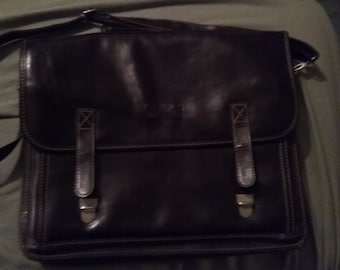 Marked down!  Gucci Leather/Briefcase/Attache/Laptop Bag - made in Italy