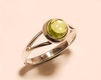 Natural Peridot Ring Cabochon Ring Sterling Silver Ring Peridot GemstoneRing 925 Sterling Silver Ring Round Peridot Stone Ring Us8.4 E-782