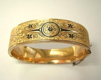 Victorian Revival Gold Filled Wedding Bracelet Bangle Taille d'epargne Etched Black Enamel Tracery 1930s Vintage Dunn Bros