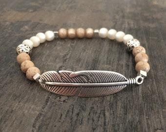 Pearl bracelet spring brown/beige