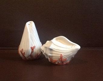NEW Fitz Floyd Coral Shell Ocean Porcelain Salt & Pepper Shaker Sea Shell 1989