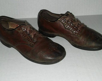Vintage Friedman Shelby RED GOOSE Brown Leather Boy's Shoes (1930s-40s)