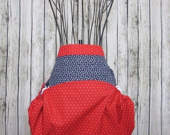 Harvest apron, gathering apron, garden apron, reversible apron, vegetable gathering, birthday gift, basket apron, Mother's Day, berry bag