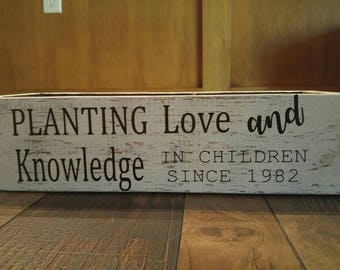 Teacher gifts, Customized Planters, Wooden Planters, Wooden Boxes, Wedding Centerpieces, Home Planters, can hold succulents, mason jars