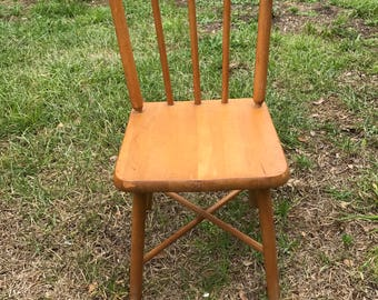 Vintage Childs Chair, Maple wood, Spindle back chair