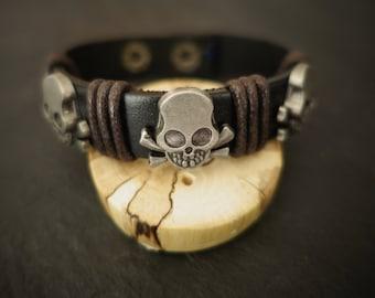 leather bracelet skull