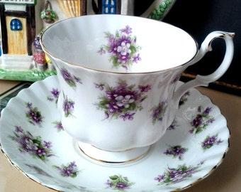 Royal Albert Sweet Violets Teacup and Saucer c.1970s Mauve Purple Violet Bouquets Violet Chintz Mint Condition Tea cup and Saucer