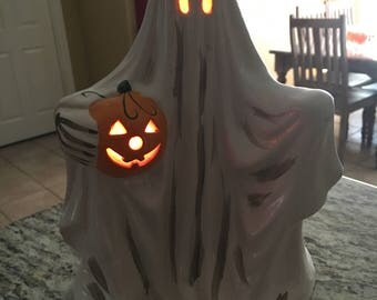 """10"""" vintage lighted Department 56 ceramic ghost nice condition! Halloween decoration 1970's"""