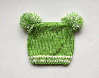 Hand Knit Baby Pom Pom Hat // Handmade Baby Pom Pom Beanie
