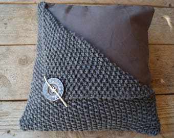 Nice rural (partly) knitted Cushion cover 40 x 40 cm.