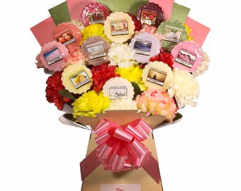 Yankee Candle Wax Melt Collection with Silk Carnations Bouquet