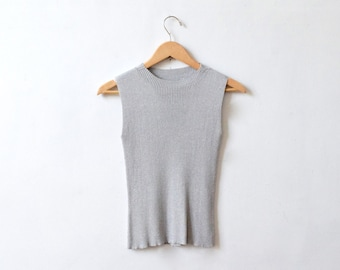 silver gray rib knit  top / size xs-s / 90s silver top /