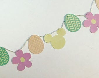 Flower and Garden Spring Mouse Garland