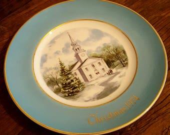 Avon 1974 Christmas Plate