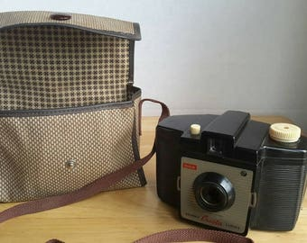 Vintage Kodak Brownie Camera Bag with Adjustable Strap and 'Cresta' Brownie Camera. c1950s