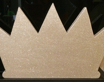 Wood Glitter Crown Wall Decor