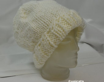 Warm, thick hat in orange or white for head size 52 cm - 58 cm (20.5 inch - 22.8 inches)