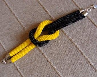Marine Knot Black and Yellow,Beaded bracelet handmade,bracciale con perline Giallo e Nero,braccialetto Nodo Marino.Made in Italy