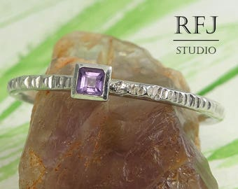 Square Natural Amethyst Textured Silver Ring, Princess Cut 2x2 mm Amethyst Ring February Birthstone Square Setting Ring Dainty Stacking Ring