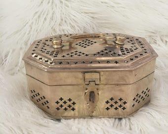 Vintage brass cricket jewelry trinket decorative box with handle