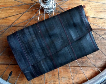 Bike inner tube clutch* Vegan clutch * Unique clutch * Eco friendly clutch * Upcycled clutch * Recycled clutch * Urban clutch (V009)