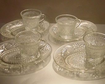 Tiara Sandwich Clear Snack Plates and Cups Service for 4, Sandwich Glass, Snack Plates, Snack Cups, Luncheon, Party