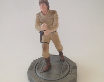 Vintage Star Wars Action Figure Luke Skywalker 1998 on Swivel Pedestal Collector