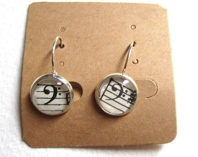 Music clip on earring