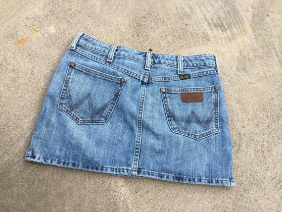"Vintage WRANGLER brand mini skirt // light wash 30"" low-rise waist // marked as size 27"