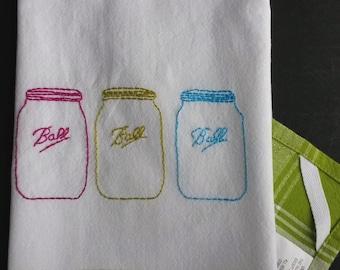 Embroidered mason jar tea towel, hand embroidered Ball jar, country style decor, green country decor, mason jar decor,