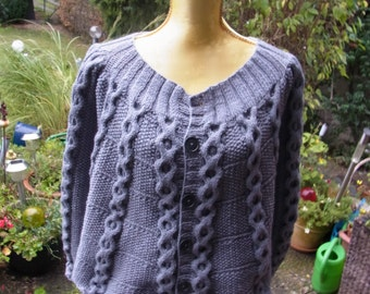 Knitted Cape grey, Gr. 36-38 (S M) with honeycomb braid