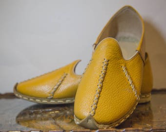 Mustard Handmade Leather Shoes size EU39