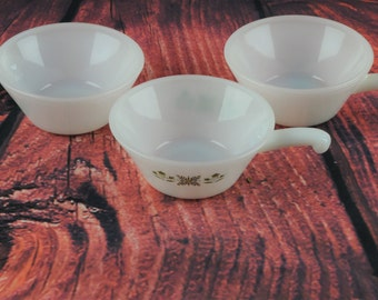 Set of 3 vintage white ANCHOR HOCKING Fire king bowls - 1960 soup bowls