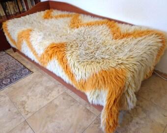 Bulgarian Woolen Blanket Rug Pure Sheep Wool. Woolen Bed Cover. Wool Blanket
