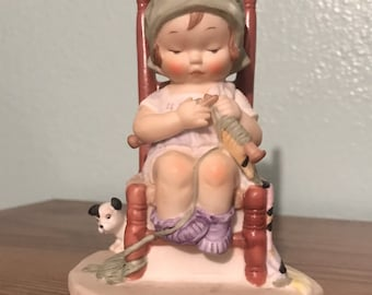 """The Heirloom Tradition """"Knitting Time"""" Porcelain Figurine"""