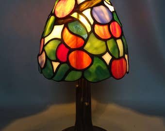 Tiffany style glass table lamp with a bronzed metal foot - house decoration gift for woman