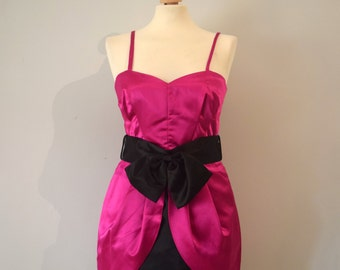 Vintage Special Occasion Dress / Party, evening dress / Fuchsia and black / Sweatheart neckline / Peplum and tulip skirt