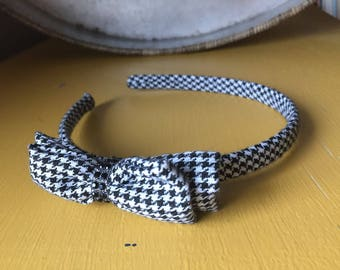 Black and white houndstooth headband. Girls headband