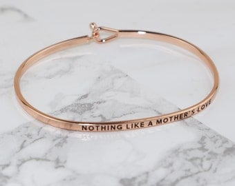 Mothers Love Thin Bracelet