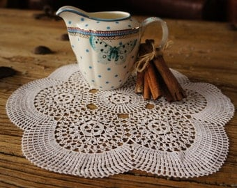 Large snowflake crotchet doily, Vintage Crotchet Doily, vintage home decor, vintage lace, handmade lace,vintage sewing, old lace doily