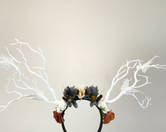White Branch Horn Demon Nymph Horn Headdress Antlers Daisy Flowers