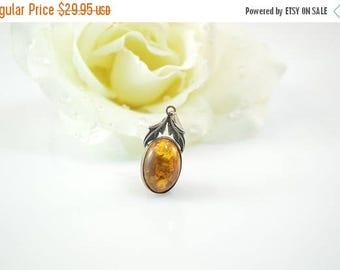 On Sale Bezel Set Leaf Accented Amber Pendant Sterling Silver 2.2g