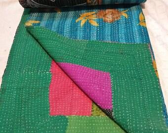 Reversible vintage kantha patchwork quilt, kantha gudari, Boho kantha throw, Vintage sari kantha bedding