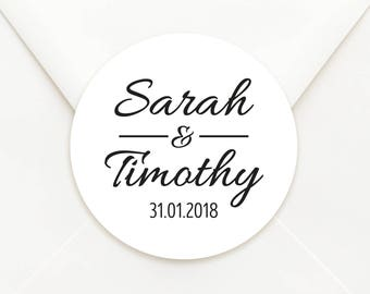 Personalised Circle Wedding Bomboniere Sticker Labels - Choice of Kraft or Matte White Paper - Classic Design