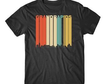 Vintage Retro 1970's Style Grand Rapids Michigan Skyline T-Shirt