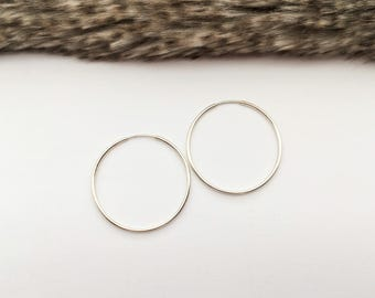 Silver Hoop Earrings, Silver Hoops, Silver Ear Hoops, Everyday Earrings, Simple Earrings, Minimalist Earrings, Gift Under 40, Gift for Her