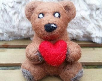 Needle felt bear, needle felt animals, bear with heart, wooly bear, bear ornament, bear decorations, custom made bear, teddy bear, plush